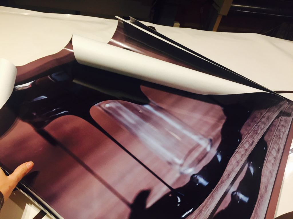Fabricant adhésif impression numérique Atelier Auvergne Comm'Unique Communication Publicité Création Fabrication Pose 23 Creuse 03 Allier 63 Puy de Dôme 87 Haute Vienne Clermont-Ferrand Vichy Montluçon Riom Chambon sur Voueize Limoges Pionsat Combrailles